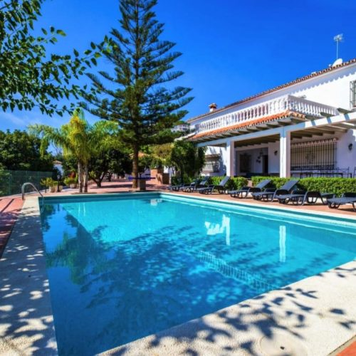 Benalmadena upea 4mh luxus Villa Ref-YK581